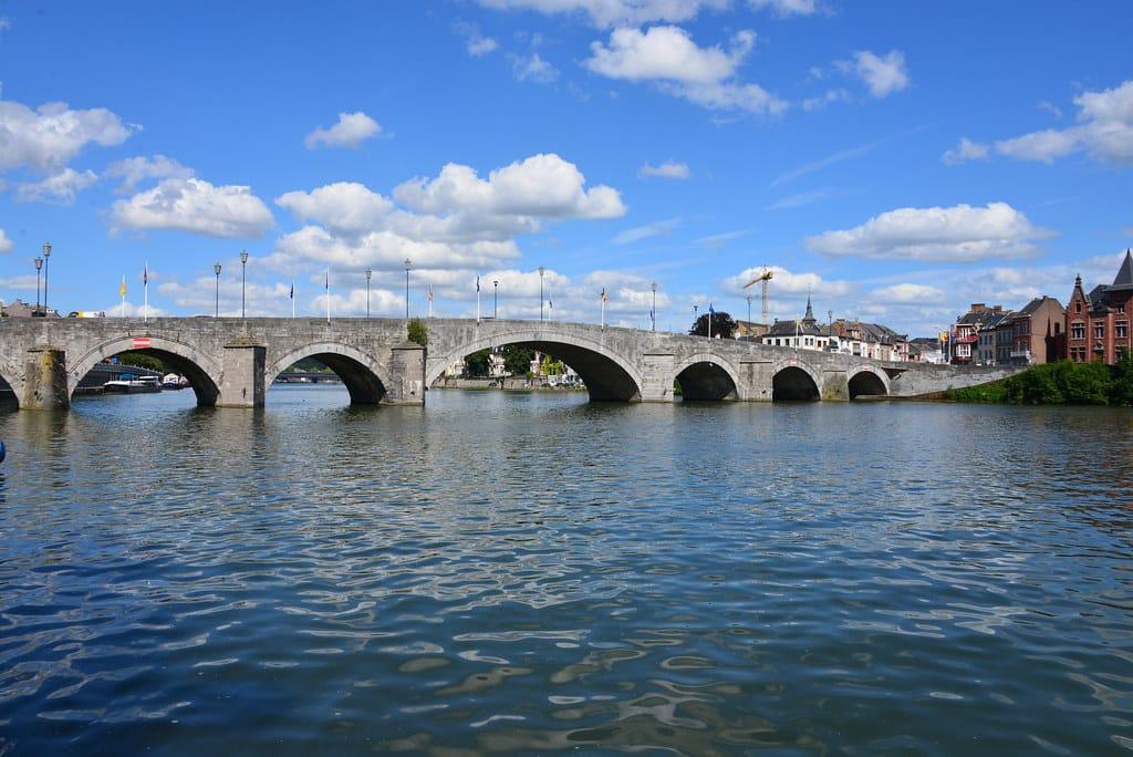 Pont de Jambes à Namur - votre agence immobilière Buzimo